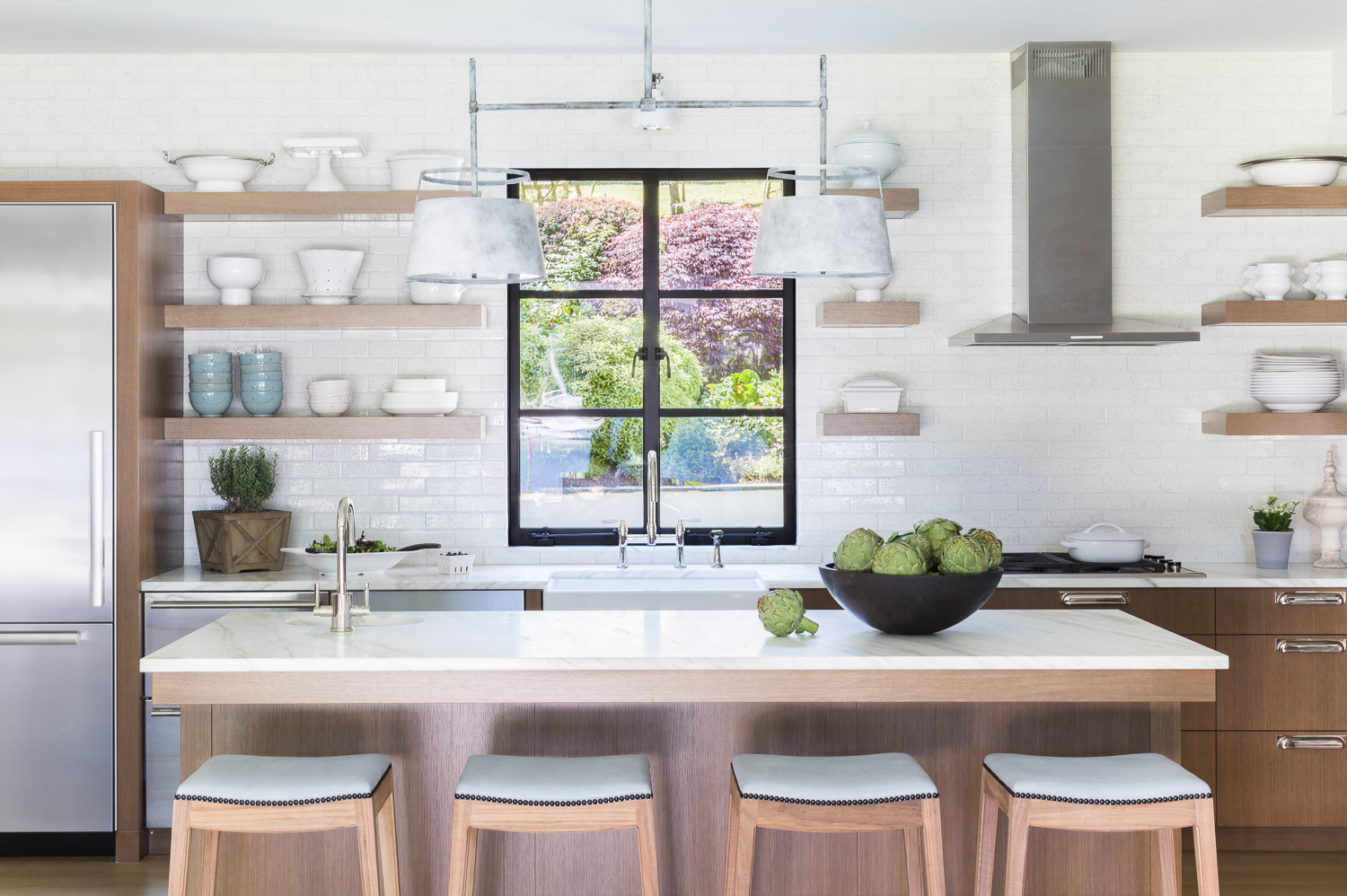 This Designer Created a Bainbridge Island Home that Flows with a Beautiful Timeless Sophistication  20.jpg