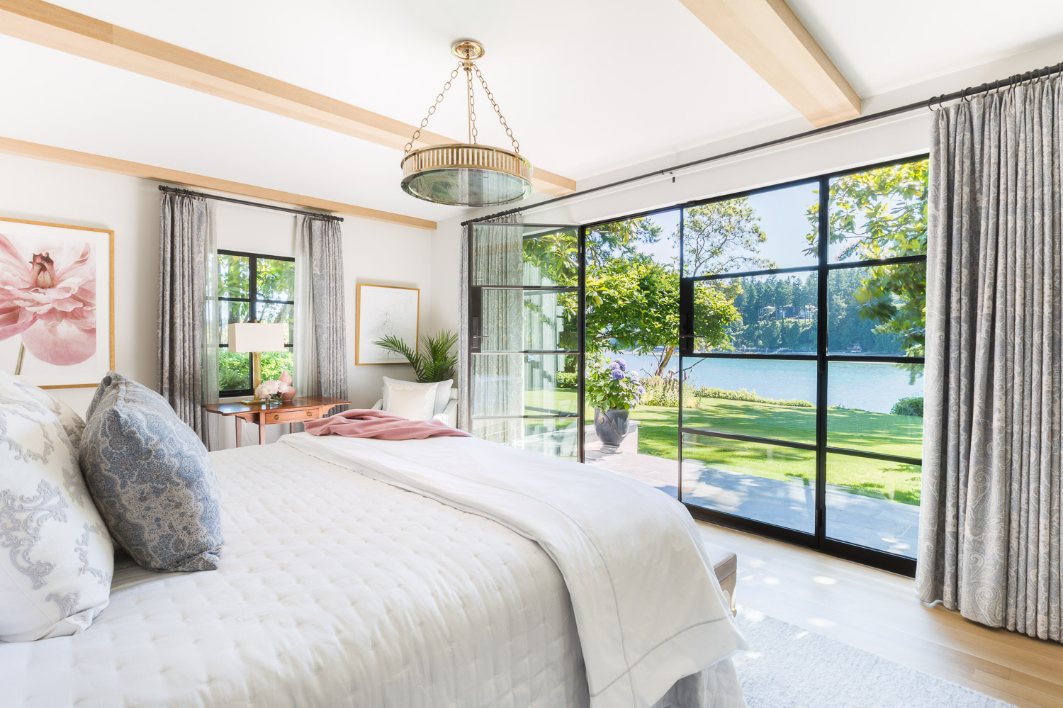 This Designer Created a Bainbridge Island Home that Flows with a Beautiful Timeless Sophistication  7.jpg