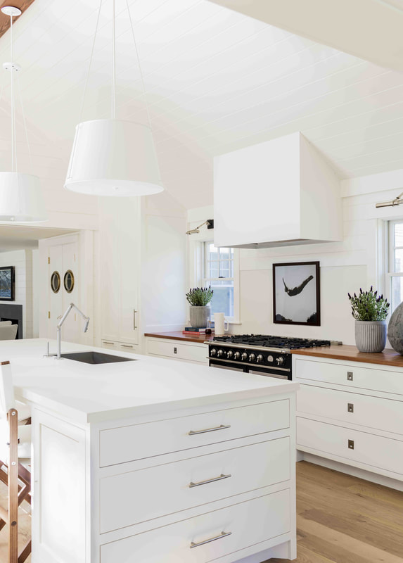 Designer Lisa Tharp Brings a Salt Marsh Colonial to Life 5.jpg
