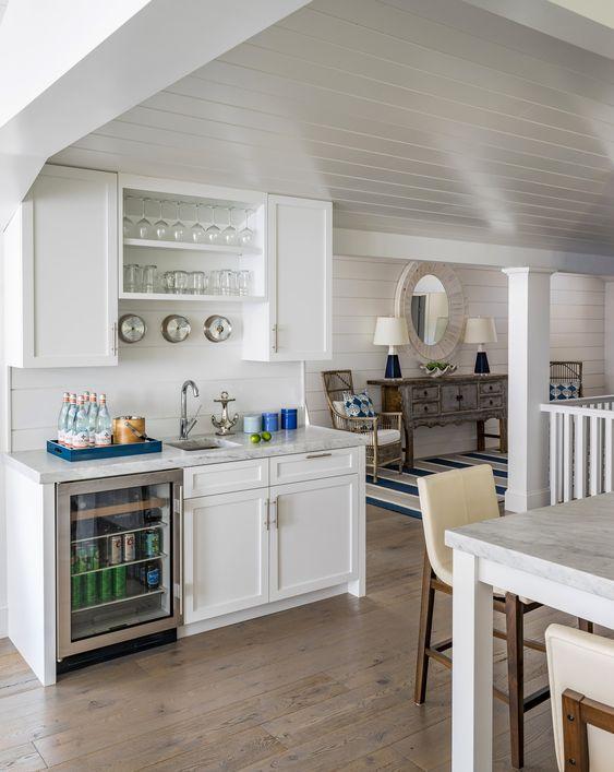 Interior Designer Molly Frey's Coastal Blue Beach Houses 5.jpg