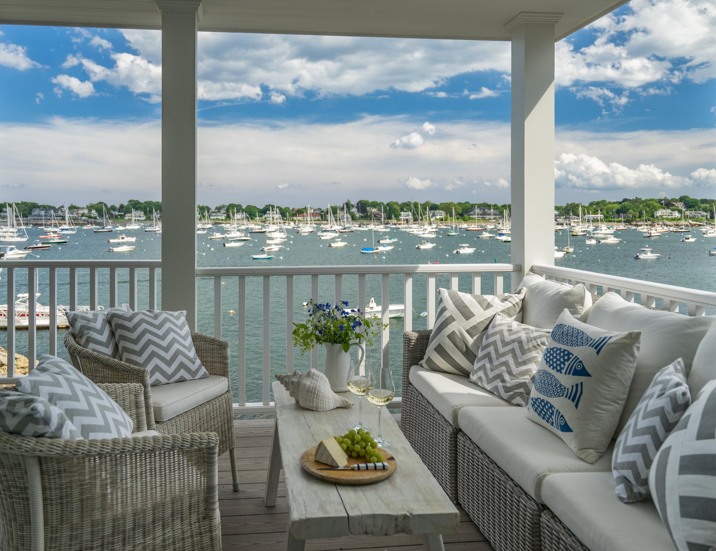 Interior Designer Molly Frey's Coastal Blue Beach Houses 11.jpg