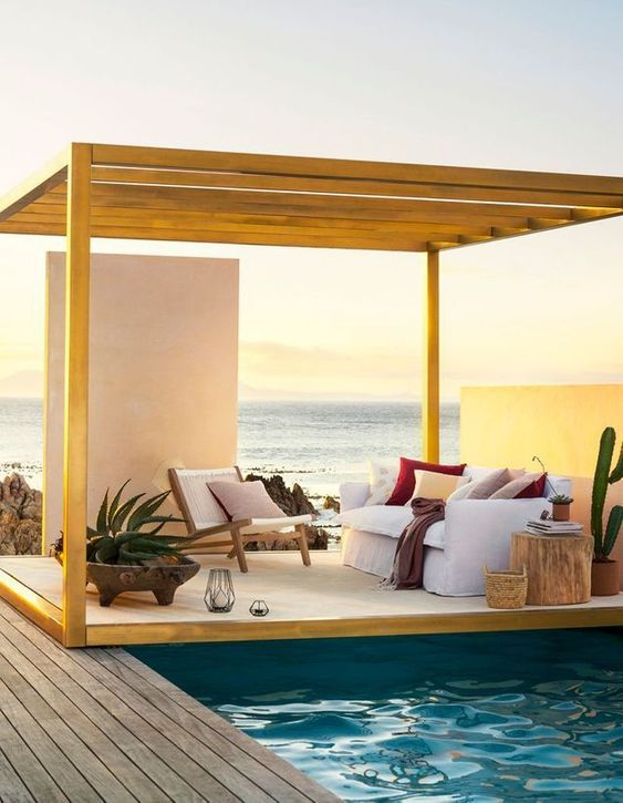 Outdoor Living Island Style 3.jpg