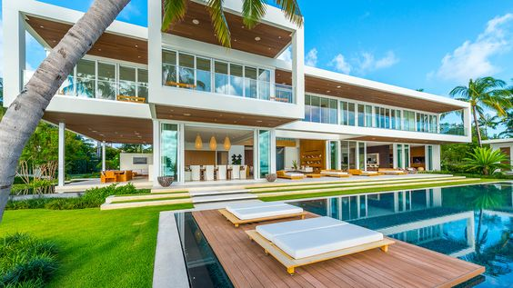 Glamorous Oceanfront Beach House in Miami 5.jpg
