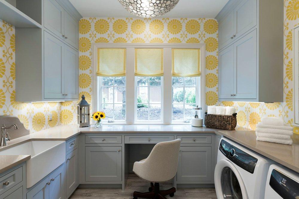 House Tour-Interior Designer Tucker Designed A Thomas Stunning Lake House 6.jpeg