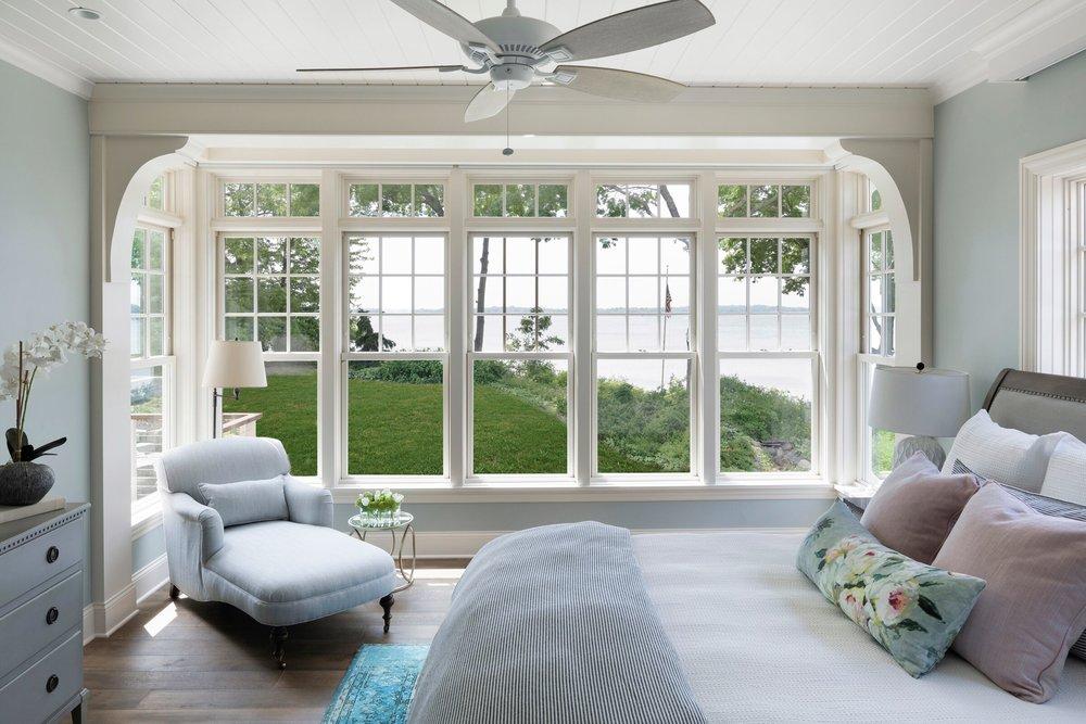 House Tour-Interior Designer Tucker Designed A Thomas Stunning Lake House 10.jpeg
