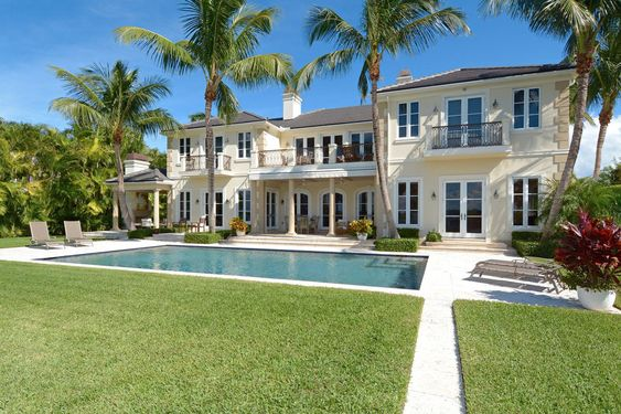 - Better than new - custom built magnificent lakefront estate with stately front and rear elevation and expansive water views from virtually every room! Florida Real Estate.