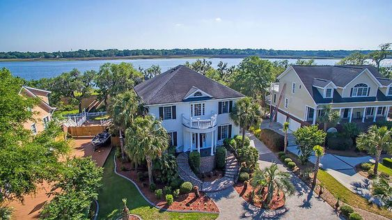 - If looking for a stunning deep water home, on the Ashley River, that is both beautifully designed and located in a postcard-worthy setting, look no further. South Carolina Real Estate.