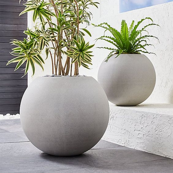 Sphere Light Gray Planters