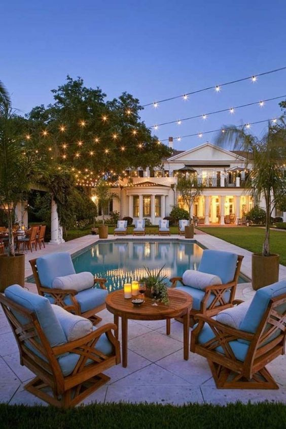 Be Inspired-The Prettiest Outside Sitting Areas 20.jpg