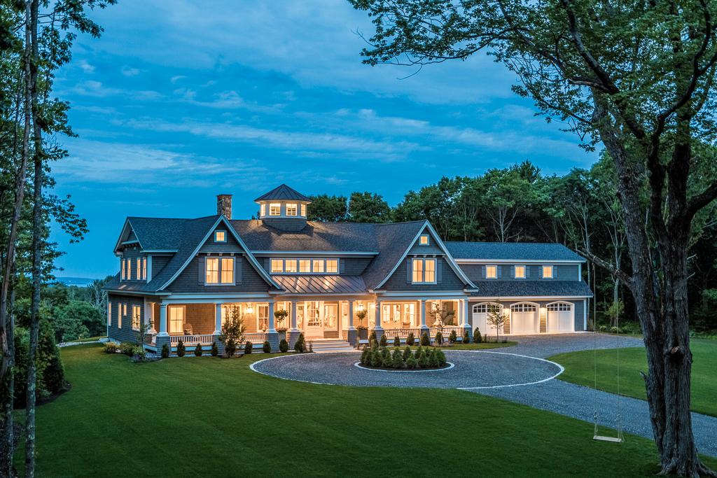 House Tour-This Ocean Estate is A Sweet Dream 21.jpg