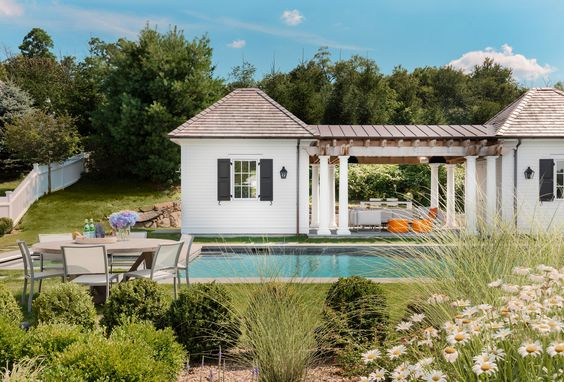 Glamorous Designer Pool Houses 10.jpg