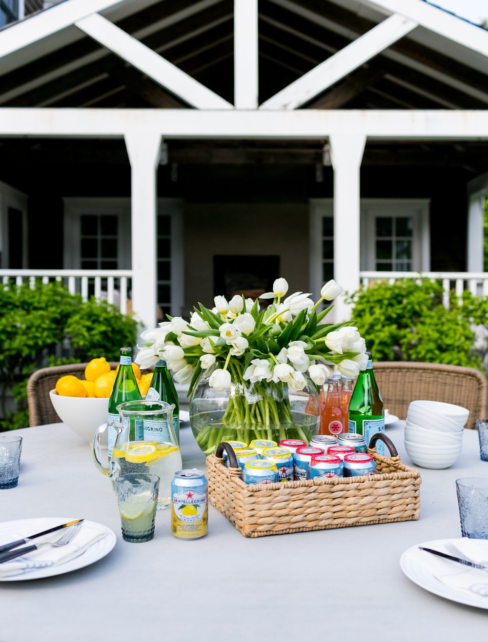 House Tour-Run Away to This Beach House Beauty in the Hamptons 20.jpg