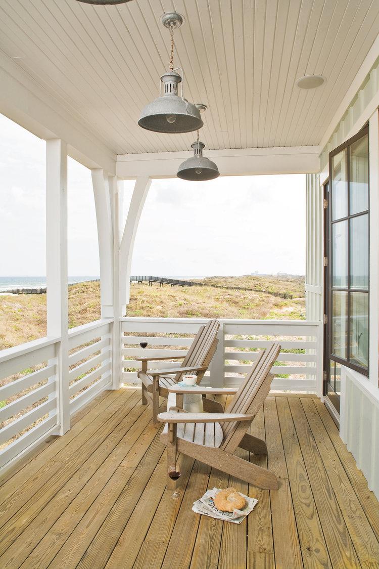 House Tour-A Sunny Beach House in Port Arkansas  9.jpg