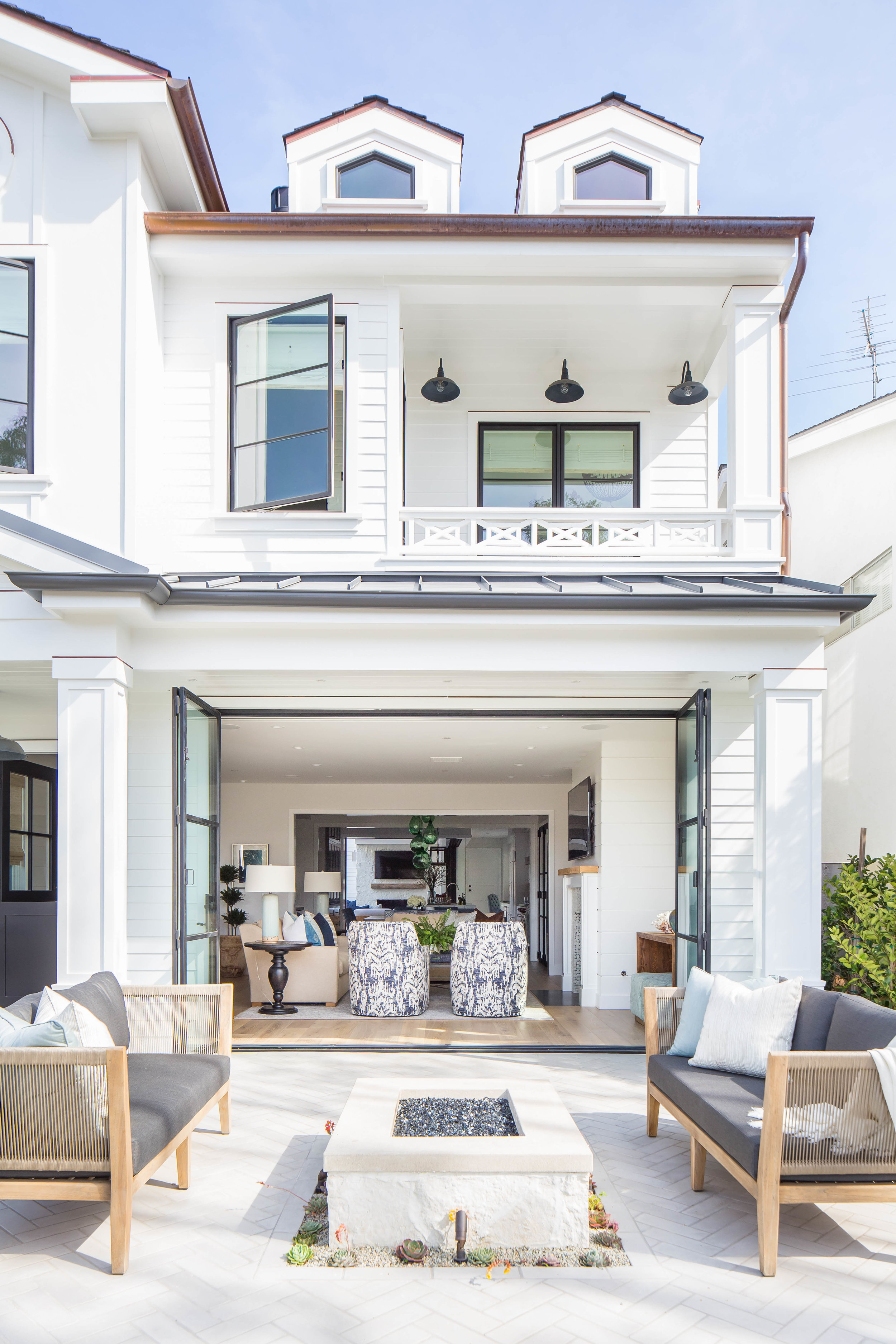 House Tour-This California Dream Home is Flawless 3.jpg
