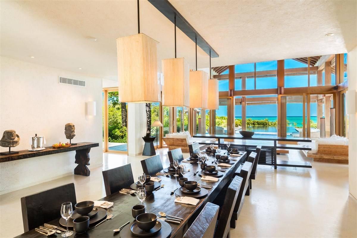 Luxurious Beach Estae in Turks and Caicos for Sale 5.jpg