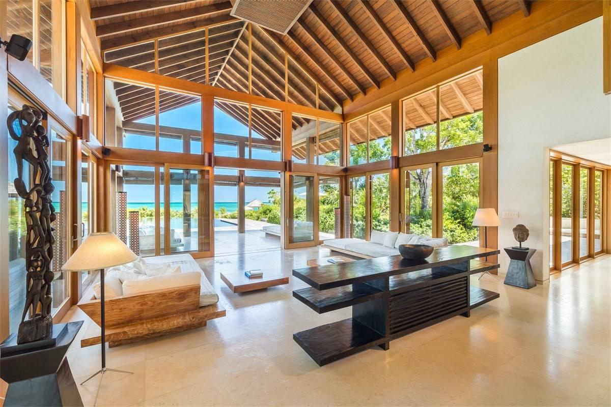 Luxurious Beach Estae in Turks and Caicos for Sale 6.jpg