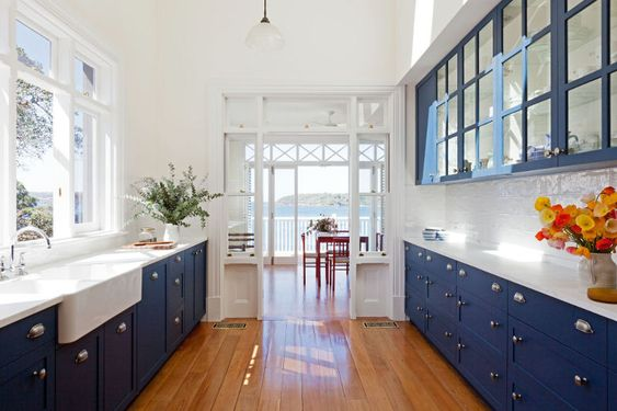 The Prettiest Blue & White Kitchens 11.jpg