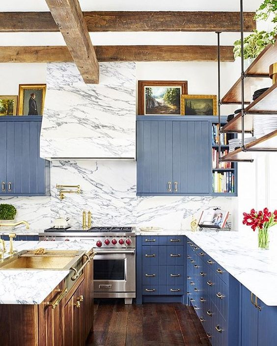 The Prettiest Blue & White Kitchen 13.jpg