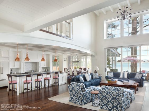 House Tour-A Timeless Dream House on The Shores of Lake Tahoe 4.jpg