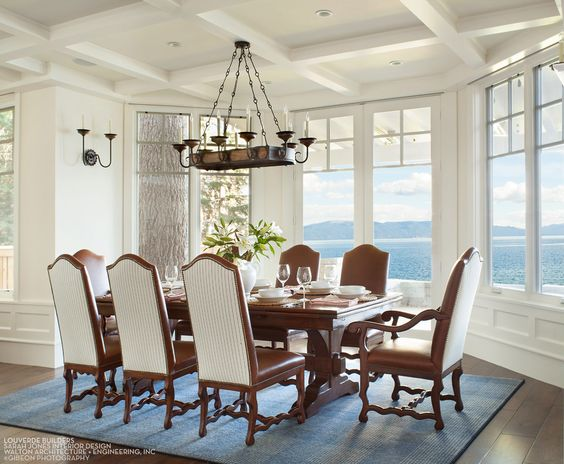 House Tour-A Timeless Dream House on The Shores of Lake Tahoe 6.jpg