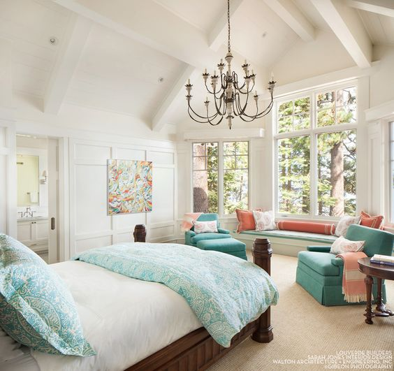 House Tour-A Timeless Dream House on The Shores of Lake Tahoe 11.jpg