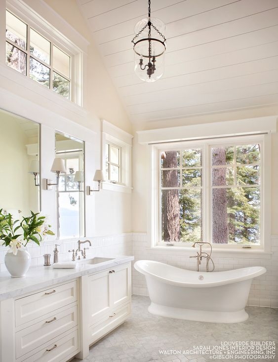 House Tour-A Timeless Dream House on The Shores of Lake Tahoe 12.jpg