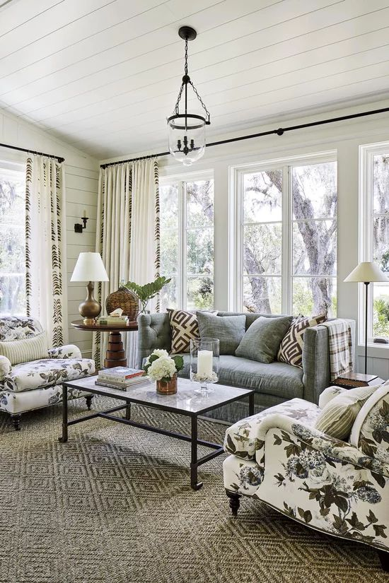 House Tour-A Real Southern Coastal Dream House 9.jpg