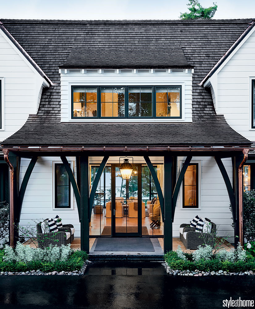 House Tour-This Spectacular Cottage Will Have You Dreaming of Lakeside Living 2.jpg