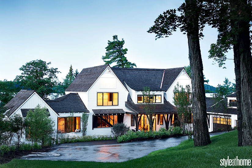 House Tour-This Spectacular Cottage Will Have You Dreaming of Lakeside Living 9.jpg