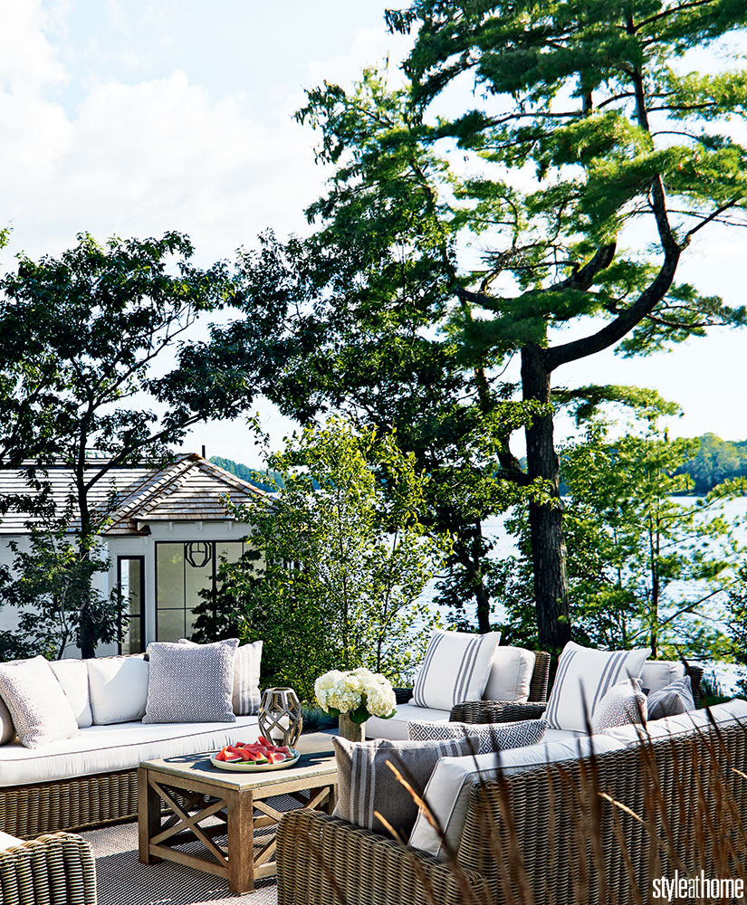 House Tour-This Spectacular Cottage Will Have You Dreaming of Lakeside Living 8.jpg