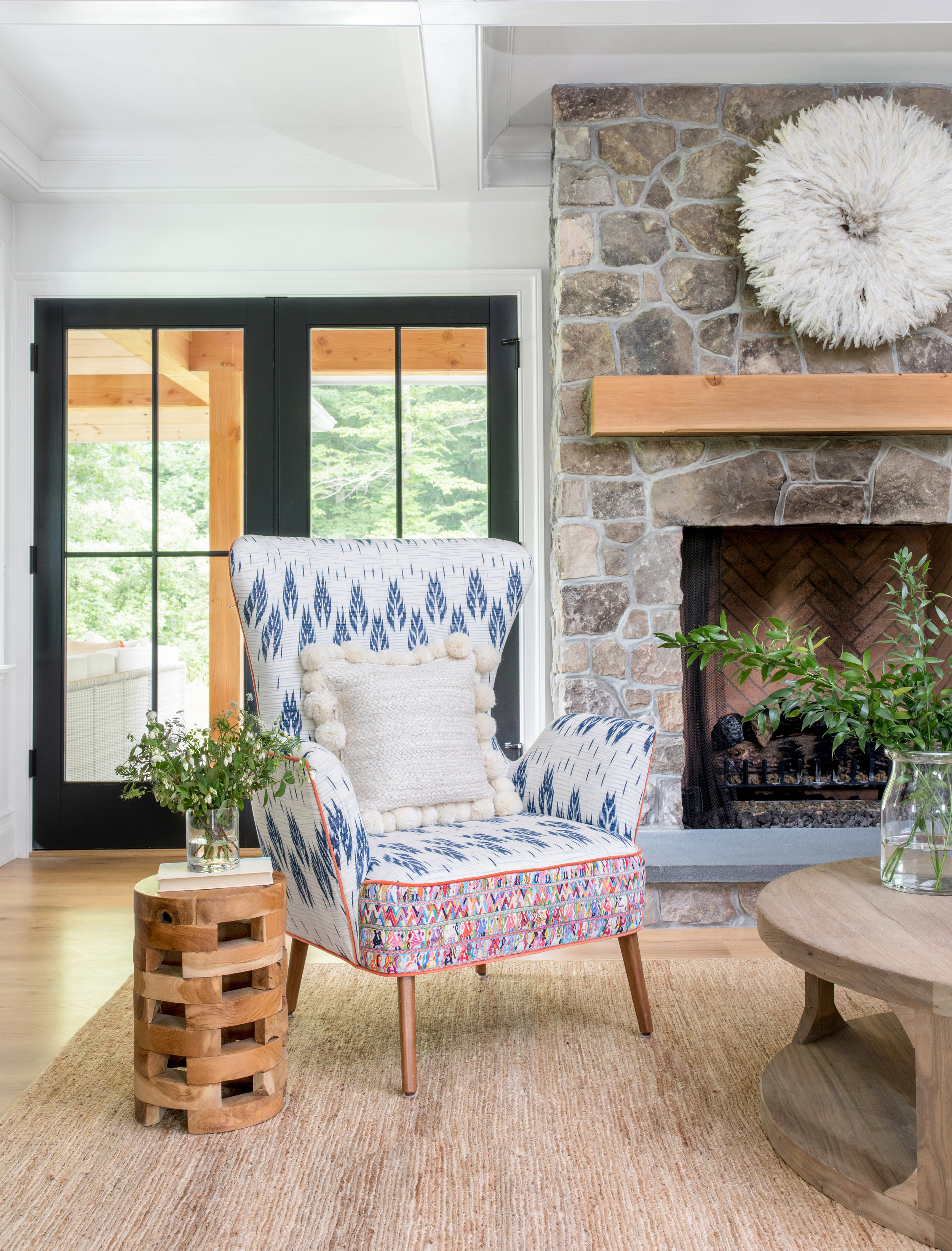 House Tour-  I Love This House's Modern Twist on Classic Traditional Style 5.jpeg