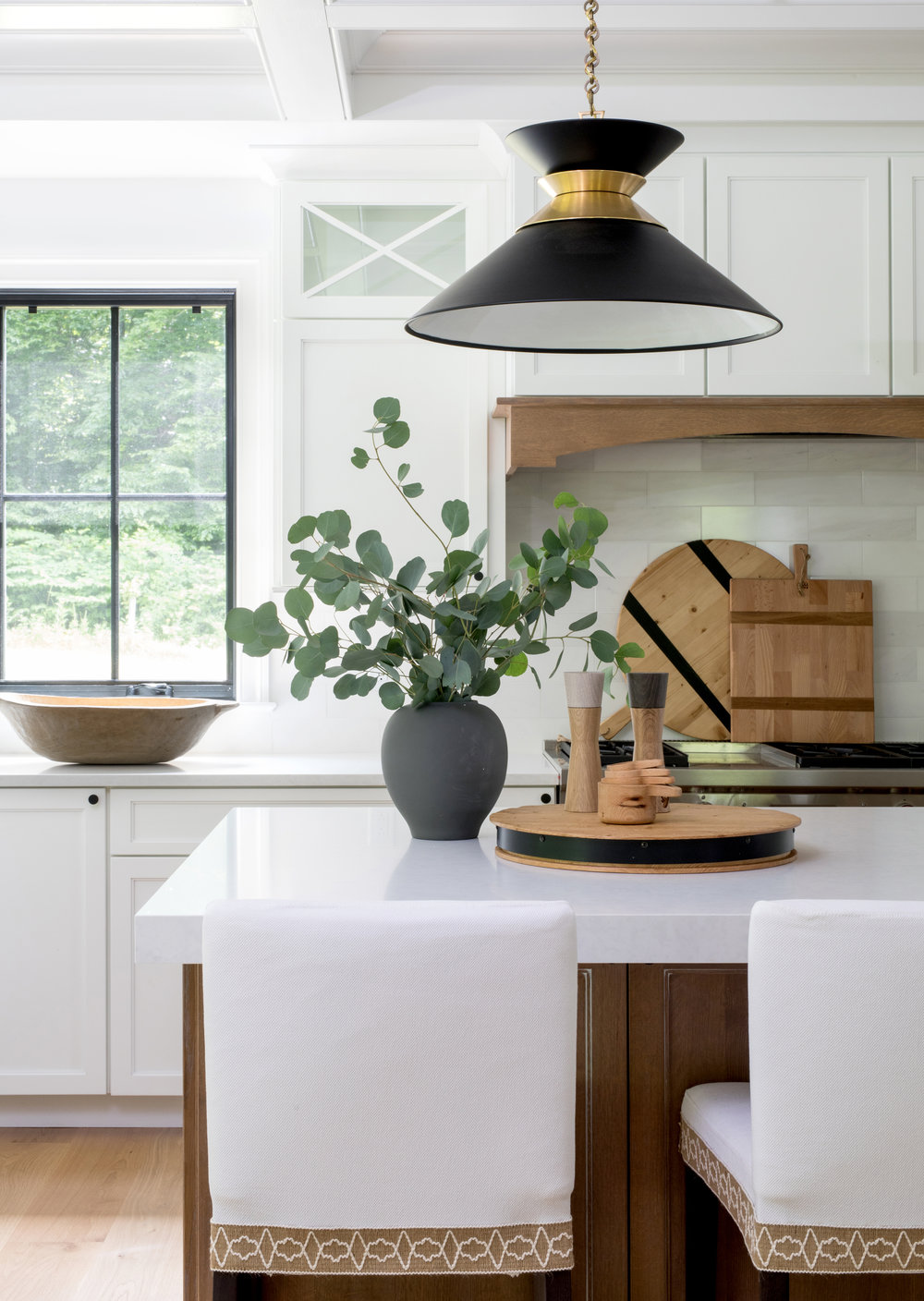 House Tour-  I Love This House's Modern Twist on Classic Traditional Style 7.jpeg