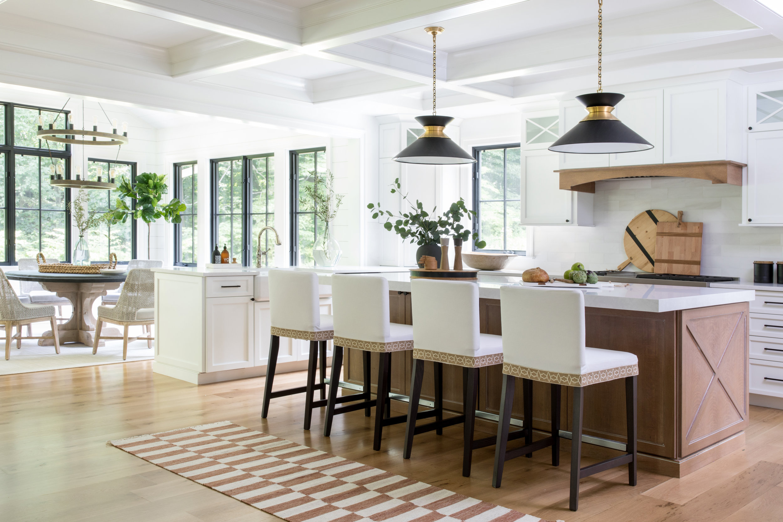 House Tour-  I Love This House's Modern Twist on Classic Traditional Style 9.jpeg