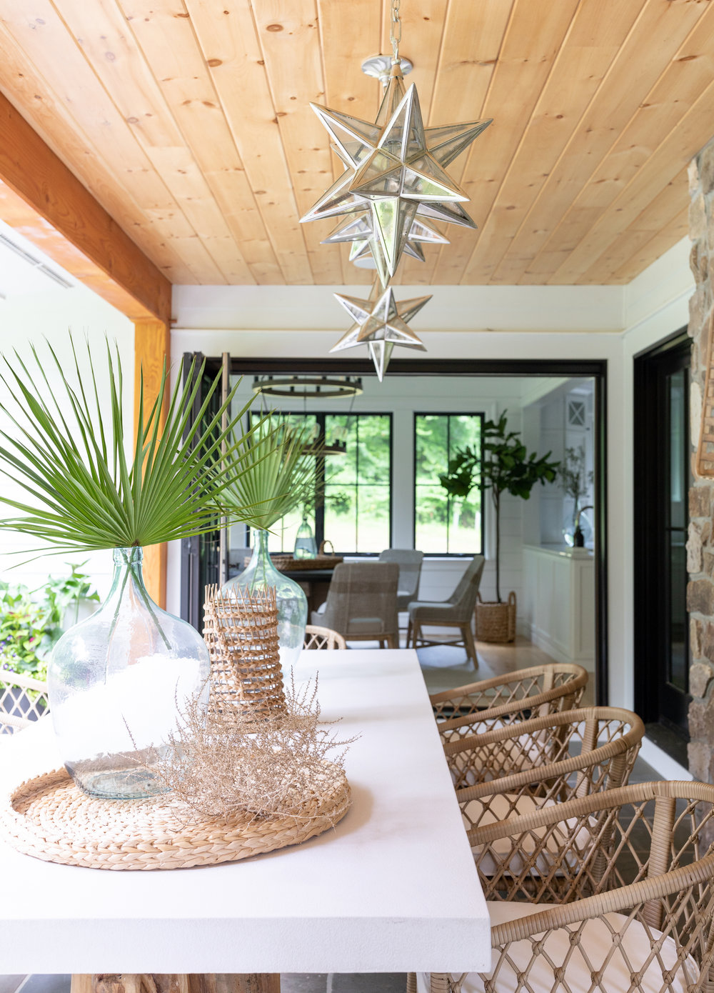 House Tour-  I Love This House's Modern Twist on Classic Traditional Style 12.jpeg