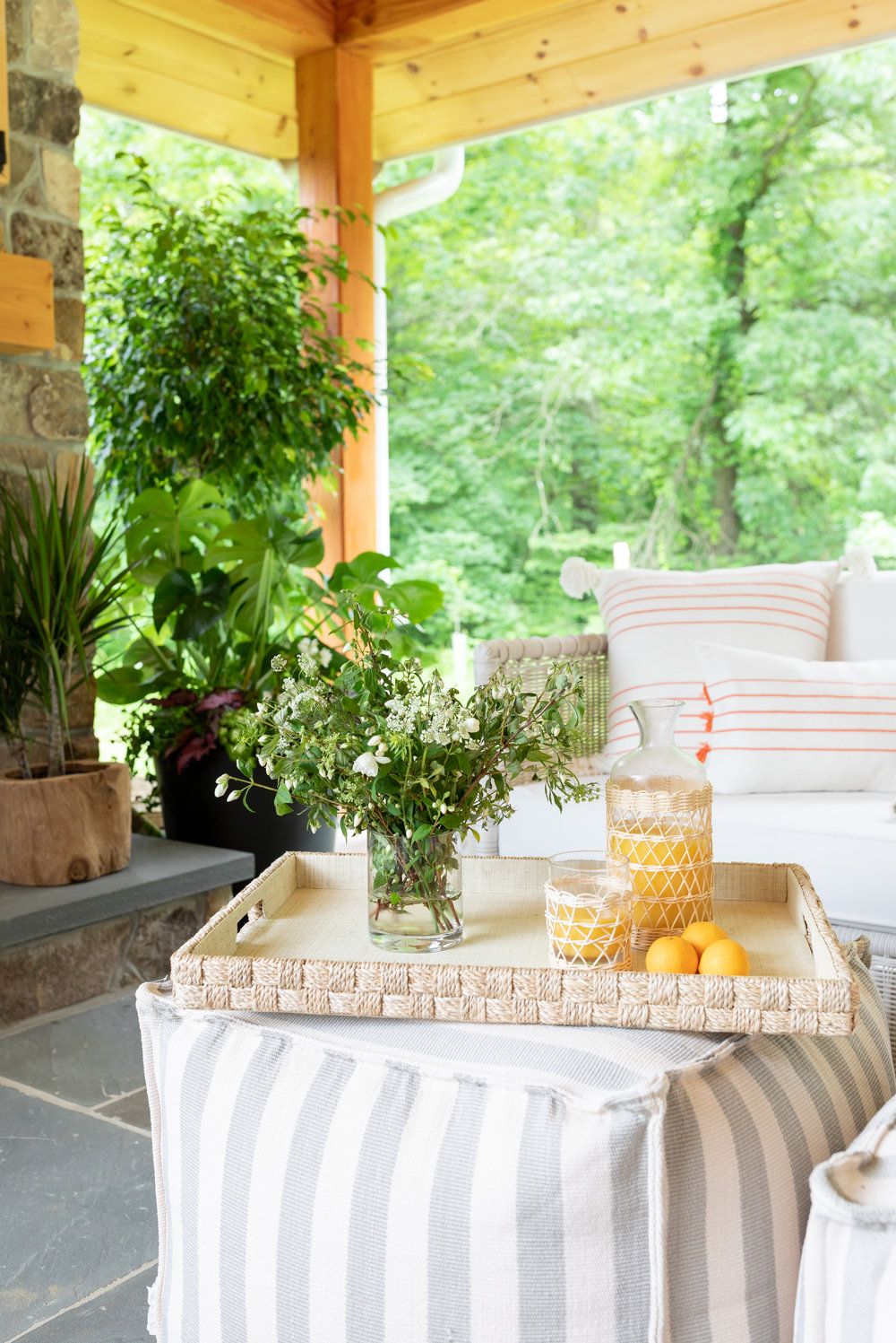 House Tour-  I Love This House's Modern Twist on Classic Traditional Style 15.jpeg