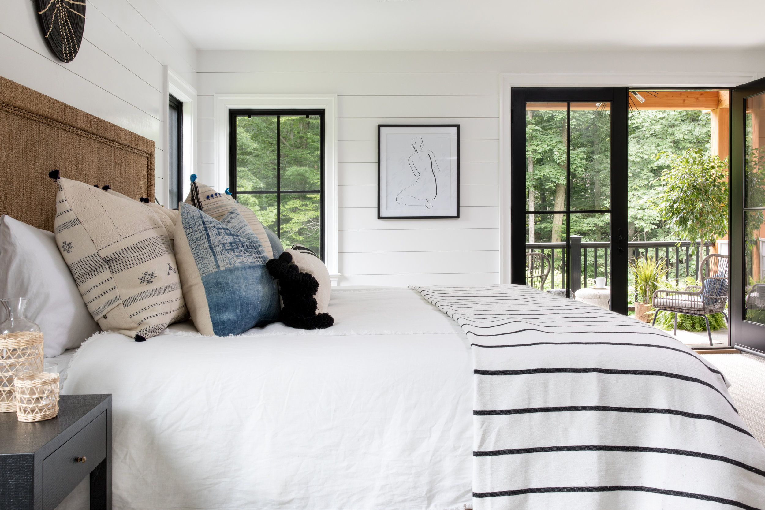 House Tour-  I Love This House's Modern Twist on Classic Traditional Style 31.jpeg