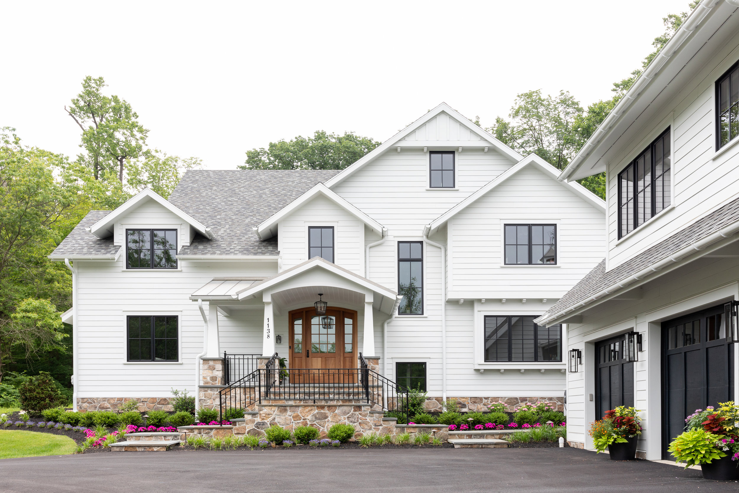 House Tour-  I Love This House's Modern Twist on Classic Traditional Style 33.jpeg