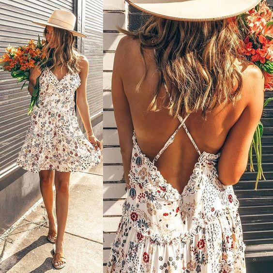 Chelsea Owens   rocks this cute little sundress.