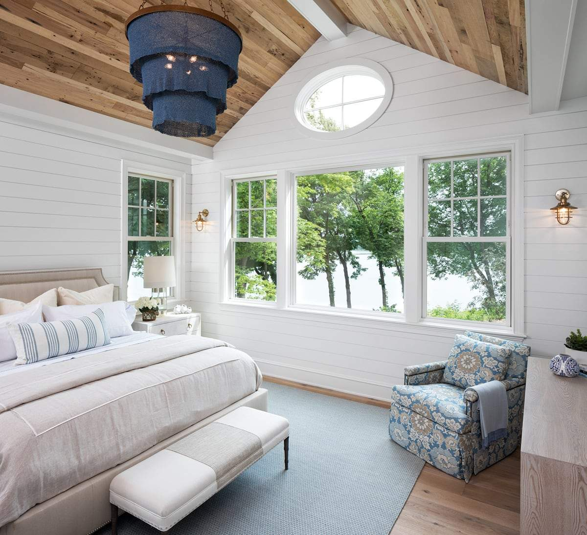 House Tour-Yes Please, A Fresh and Classic Weekend Retreat 6.jpg