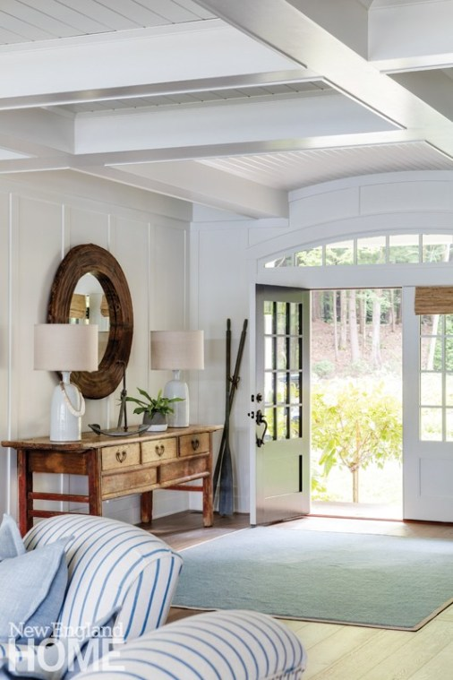 A coastal entry way welcomes you.
