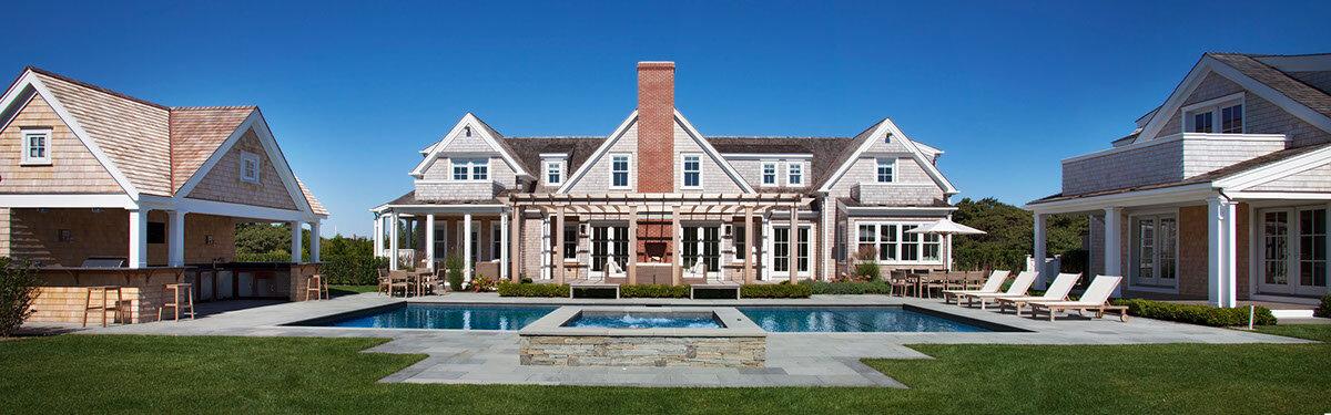House Tour-The New Coastal Beauty Style of Interior Designer Cynthia Hayes 18.jpg