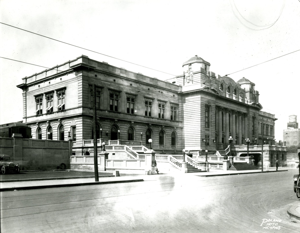 Union Station opens in 1912