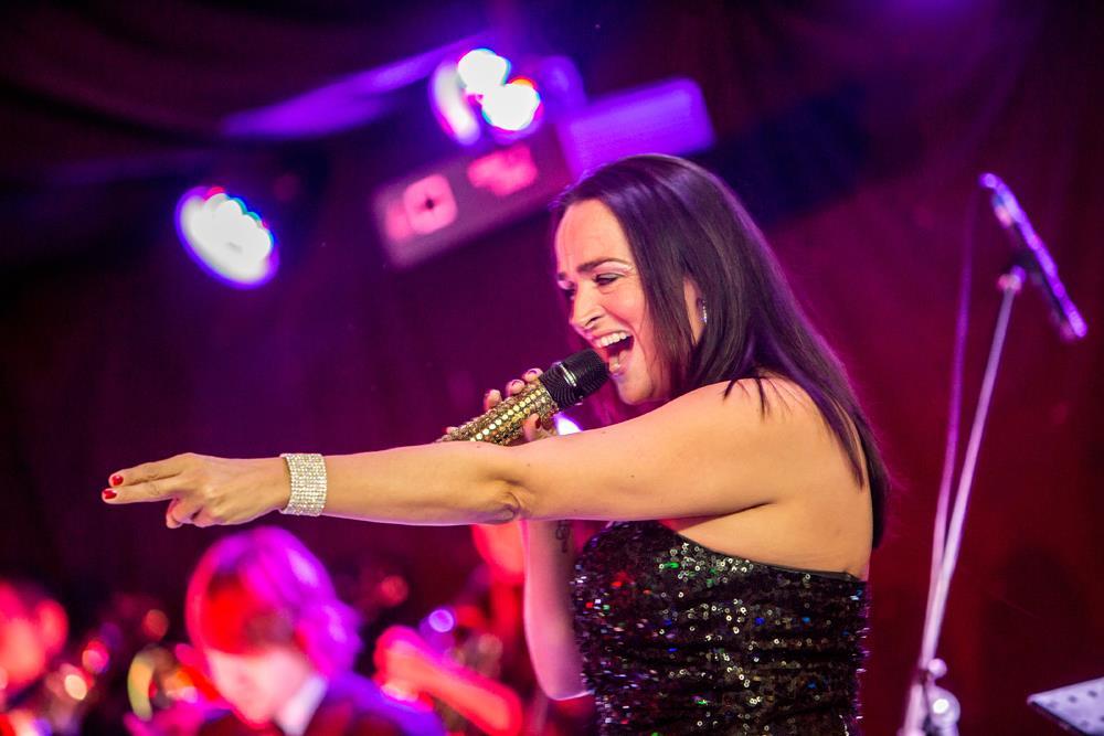 Kerry Schultz, Q The Music Show Singer