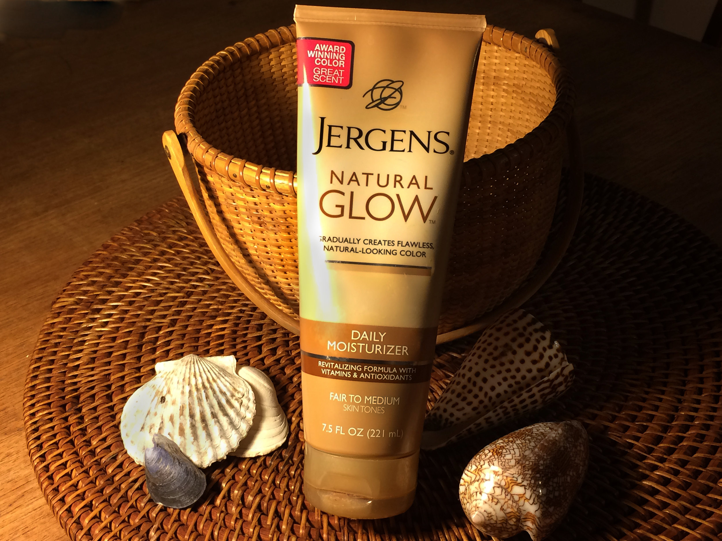 If you're super pale like me this product will be your best friend!