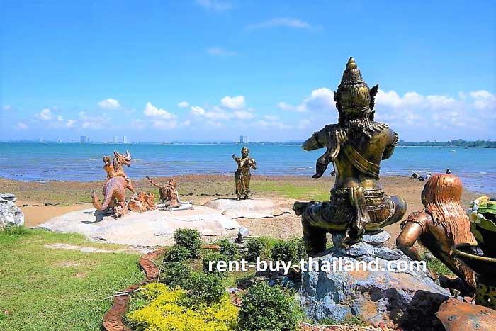 Bang Saray Statues