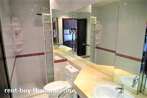 Apartment rent buy Thailand