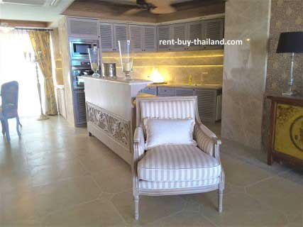 condo-for-rent-chateau-dale.jpg