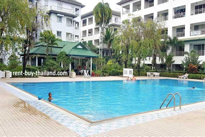 Baan Suan Lalana Swimming Pool