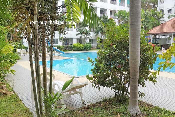 Baan Suan Lalana Swimming Area