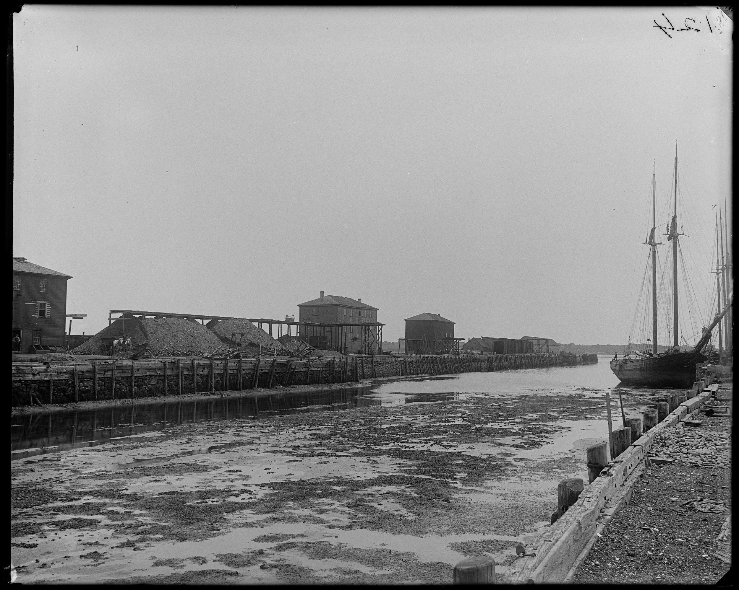 """Salem, Derby Wharf, views"""